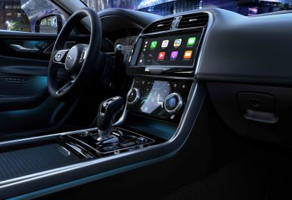 2020 Jaguar XE 43