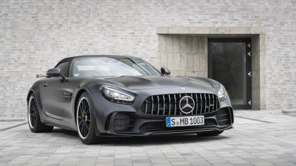 2019 Mercedes-AMG GT R roadster 31