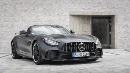 2019 Mercedes-AMG GT R roadster 34