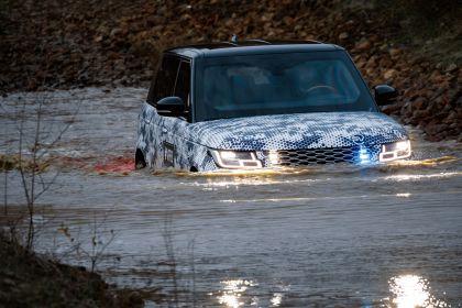 2019 Land Rover Range Rover Sentinel 9