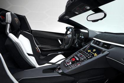 2019 Lamborghini Aventador SVJ roadster 32