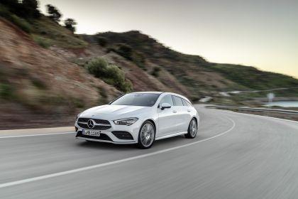 2019 Mercedes-Benz CLA Shooting Brake 17