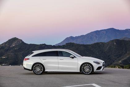 2019 Mercedes-Benz CLA Shooting Brake 20