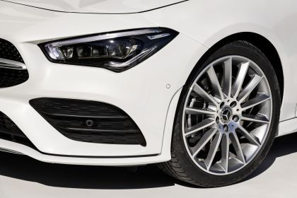 2019 Mercedes-Benz CLA Shooting Brake 37