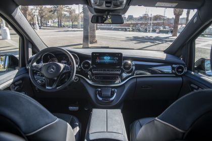 2019 Mercedes-Benz Concept EQV 33