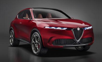 2019 Alfa Romeo Tonale concept 40