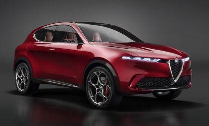 2019 Alfa Romeo Tonale concept 41