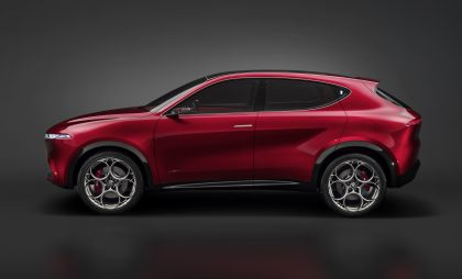 2019 Alfa Romeo Tonale concept 45