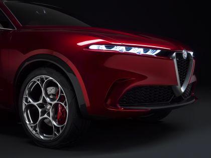 2019 Alfa Romeo Tonale concept 48