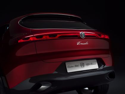 2019 Alfa Romeo Tonale concept 49