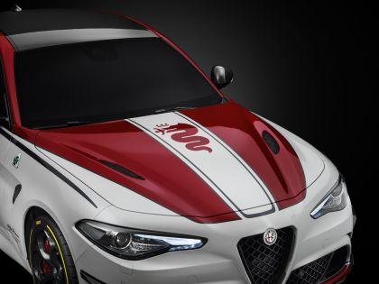 2019 Alfa Romeo Giulia Quadrifoglio Alfa Romeo Racing 6