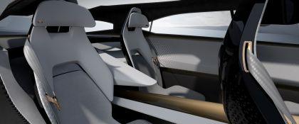 2019 Nissan IMQ concept 36