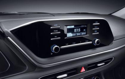 2020 Hyundai Sonata 42
