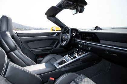 2019 Porsche 911 ( 992 ) Carrera S cabriolet 236