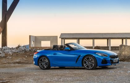 2019 BMW Z4 ( G29 ) sDrive 20i - UK version 5