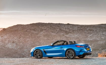 2019 BMW Z4 ( G29 ) sDrive 20i - UK version 22