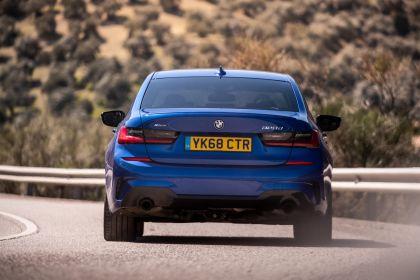 2019 BMW 320d ( G20 ) xDrive - UK version 11