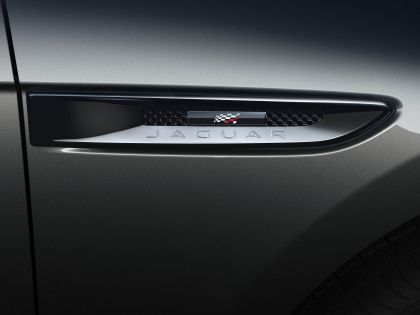 2020 Jaguar F-Pace Chequered Flag edition 5