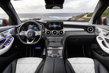2020 Mercedes-Benz GLC 300 4Matic coupé 24