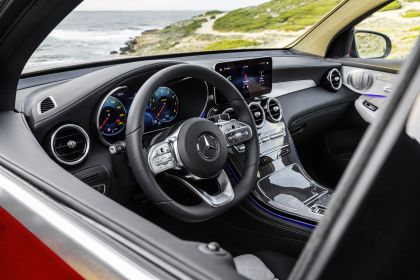 2020 Mercedes-Benz GLC 300 4Matic coupé 25