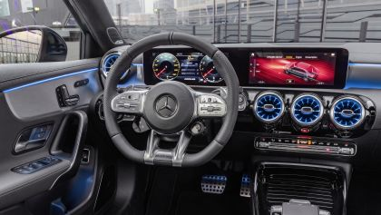 2020 Mercedes-AMG A 35 4Matic saloon 24