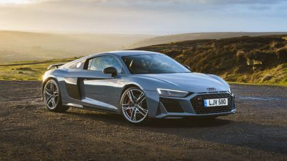 2019 Audi R8 V10 quattro performance coupé - UK version 5