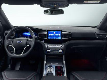 2019 Ford Explorer 8