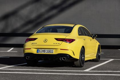 2019 Mercedes-AMG CLA 35 4Matic 12