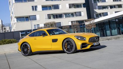 2019 Mercedes-AMG GT S 2