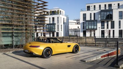 2019 Mercedes-AMG GT S roadster 8