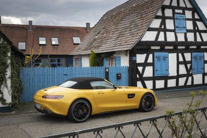 2019 Mercedes-AMG GT S roadster 14