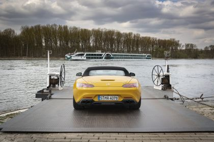 2019 Mercedes-AMG GT S roadster 15
