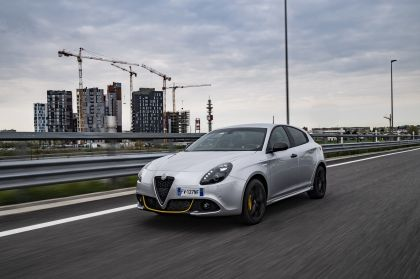 2019 Alfa Romeo Giulietta Veloce 13