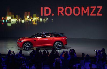 2019 Volkswagen ID. Roomzz concept 53