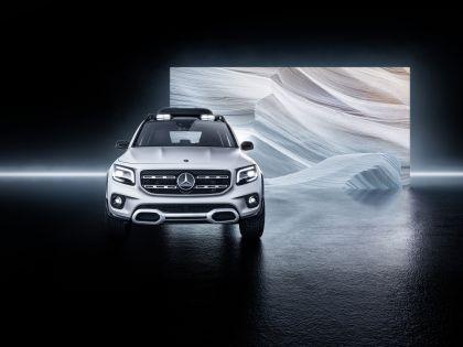 2019 Mercedes-Benz Concept GLB 5