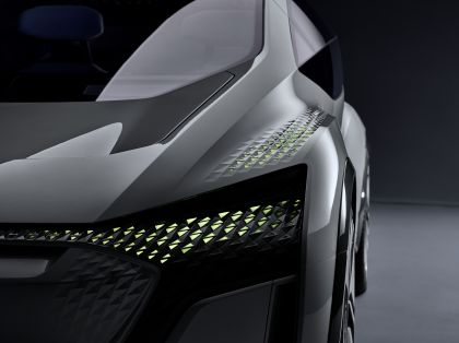 2019 Audi AI:ME concept 10