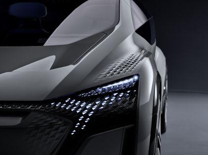 2019 Audi AI:ME concept 13