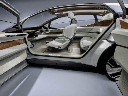 2019 Audi AI:ME concept 18