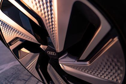 2019 Audi AI:ME concept 148