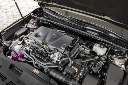 2019 Toyota Camry Hybrid 69