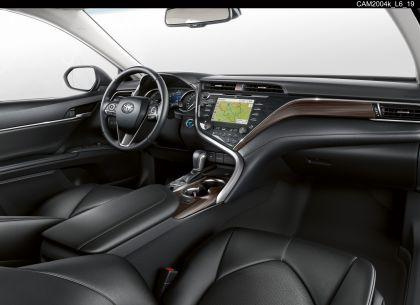 2019 Toyota Camry Hybrid 85