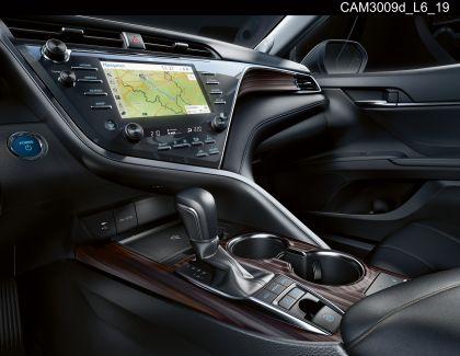 2019 Toyota Camry Hybrid 87