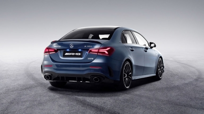 2020 Mercedes-AMG A 35 L 4Matic 7