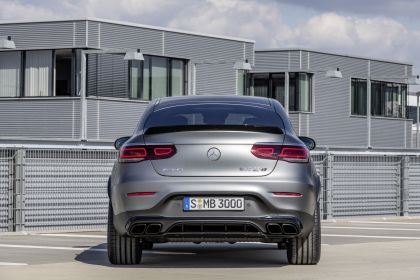 2020 Mercedes-AMG GLC 63 S 4Matic+ coupé 11