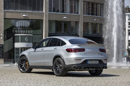 2020 Mercedes-AMG GLC 63 S 4Matic+ coupé 35