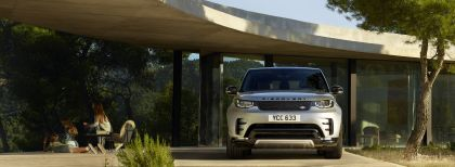2020 Land Rover Discovery Landmark Edition 5