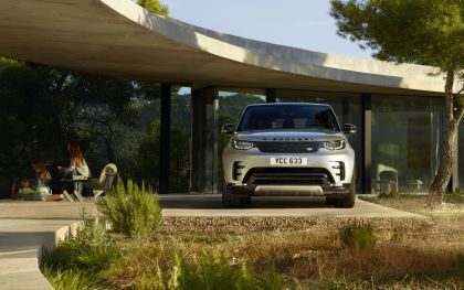 2020 Land Rover Discovery Landmark Edition 6