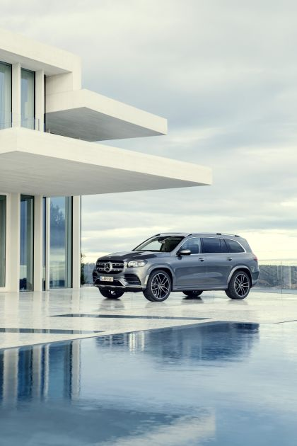 2019 Mercedes-Benz GLS 8