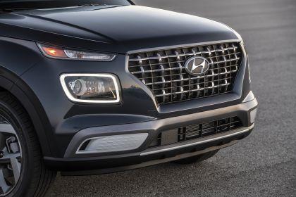 2020 Hyundai Venue 16