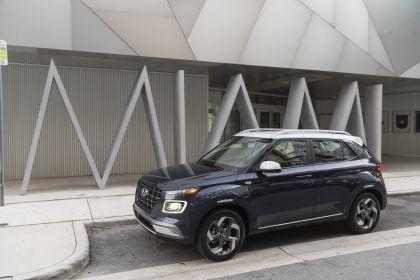 2020 Hyundai Venue 37